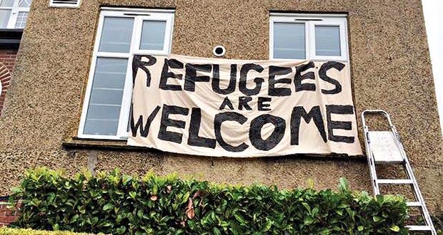 πρόσφυγες μετανάστες