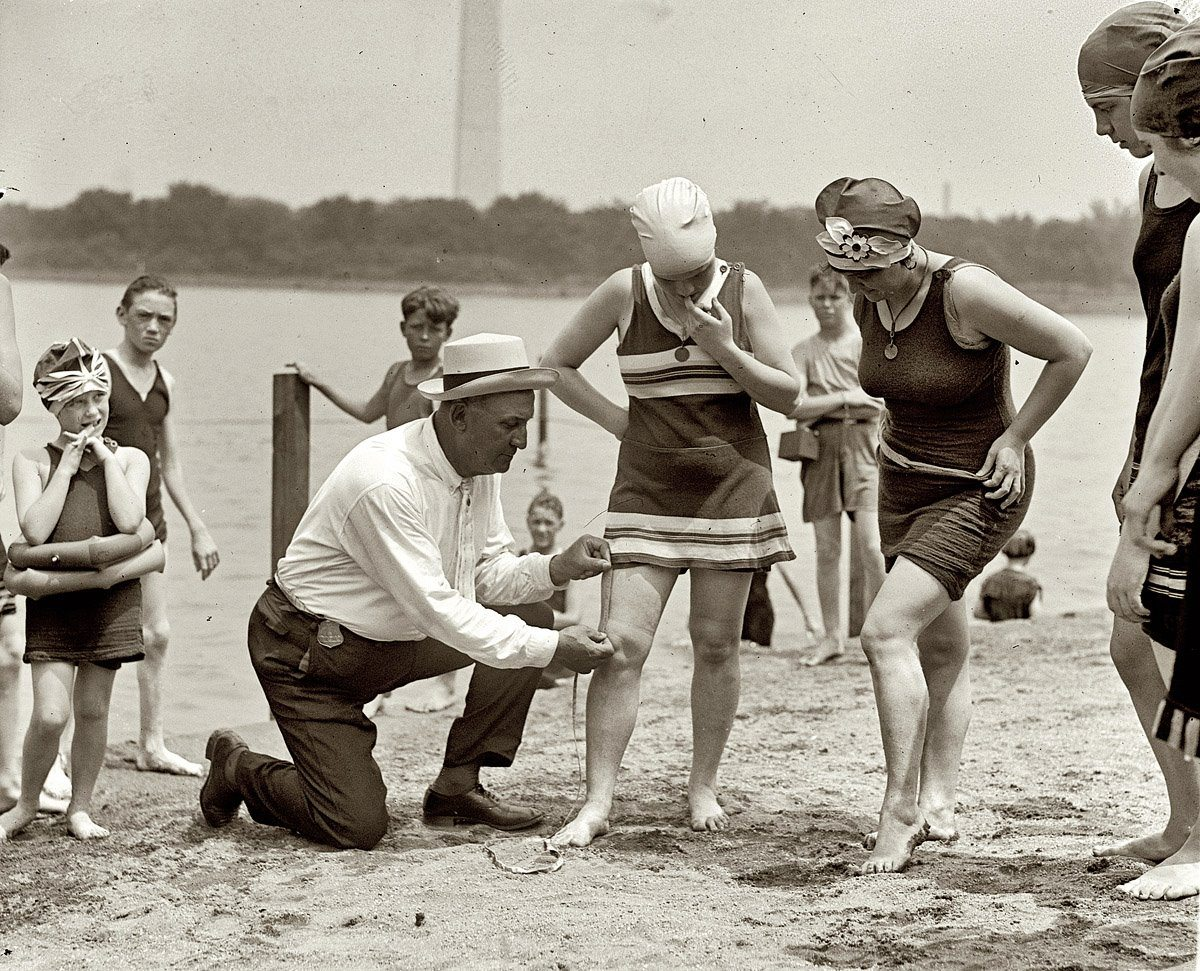 June-30-1922.-Washington-policeman-Bill-Norton-swimsuits