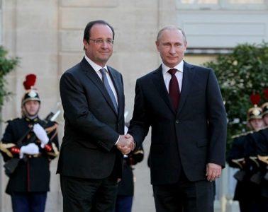 francois_hollande_and_vladimir_putin_at_the_elysee_palace