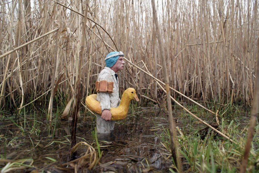 Waiting for climate change - Isaac Cordal
