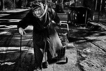γυναίκα φτώχεια