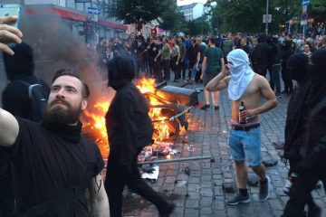 hipster riot g20 iphone