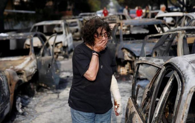 greece fires burned cars