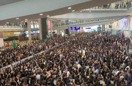 αεροδρόμιο Χονγκ Κονγκ - διαμαρτυρία