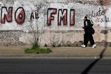 """Αργεντινή - γκραφίτι """"Όχι στο ΔΝΤ"""""""