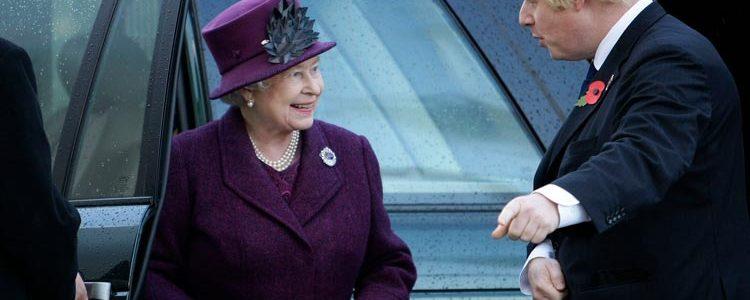 Βασίλισσας Ελισάβετ & Μπόρις Τζόνσον