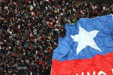 Διαδηλωτές στη Χιλή, που δεν είναι όαση για τους πολλούς