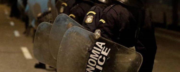Νόμος και Τάξη, αστυνομία, νέα δημοκρατία
