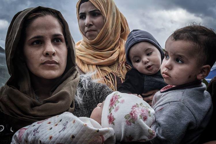 Κοινή ανακοίνωση συγκέντρωση για τους πρόσφυγες στην πλατεία Βικτωρίας