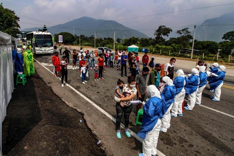Βενεζουέλα μετανάστες επιστρέφουν κορονοϊός
