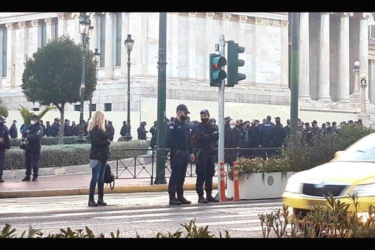 αστυνομικοί Πολυτεχνείο συνωστισμός