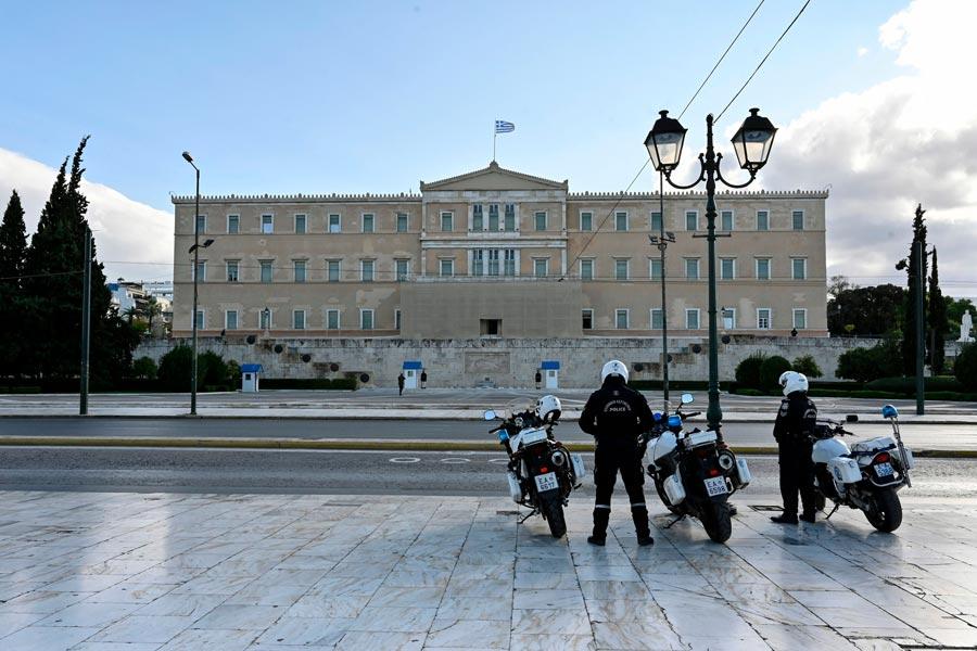σφράγισμα Λιόσης αντιδημοκρατικά μέτρα αστική δημοκρατία