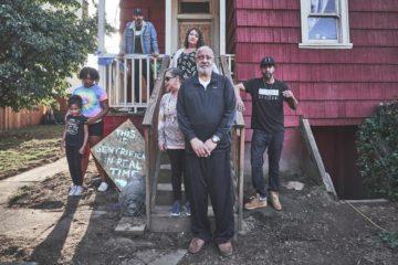 Κόκκινο σπίτι Δημοκρατικοί Πόρτλνατ αστυνομία εξώσεις