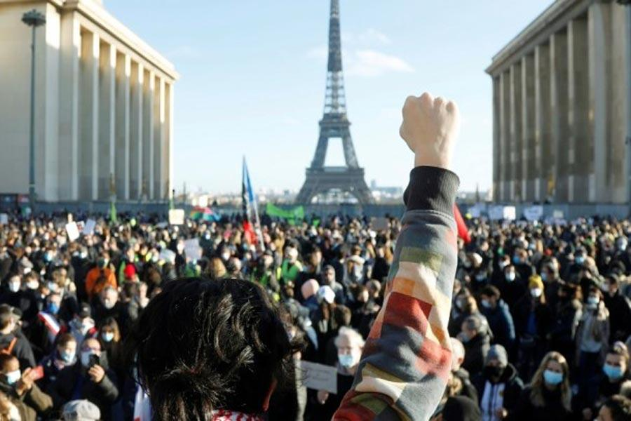 PASP νόμος καθολικής ασφάλειας Γαλλία καταστολή